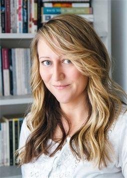 Photo of Deborah Hewitt